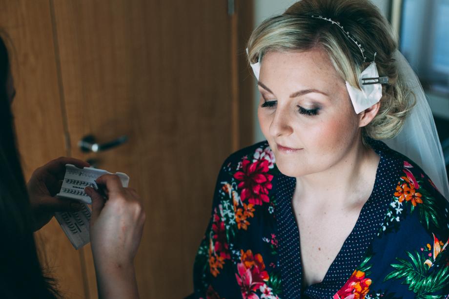 Mythe Barn Wedding Photographer-06