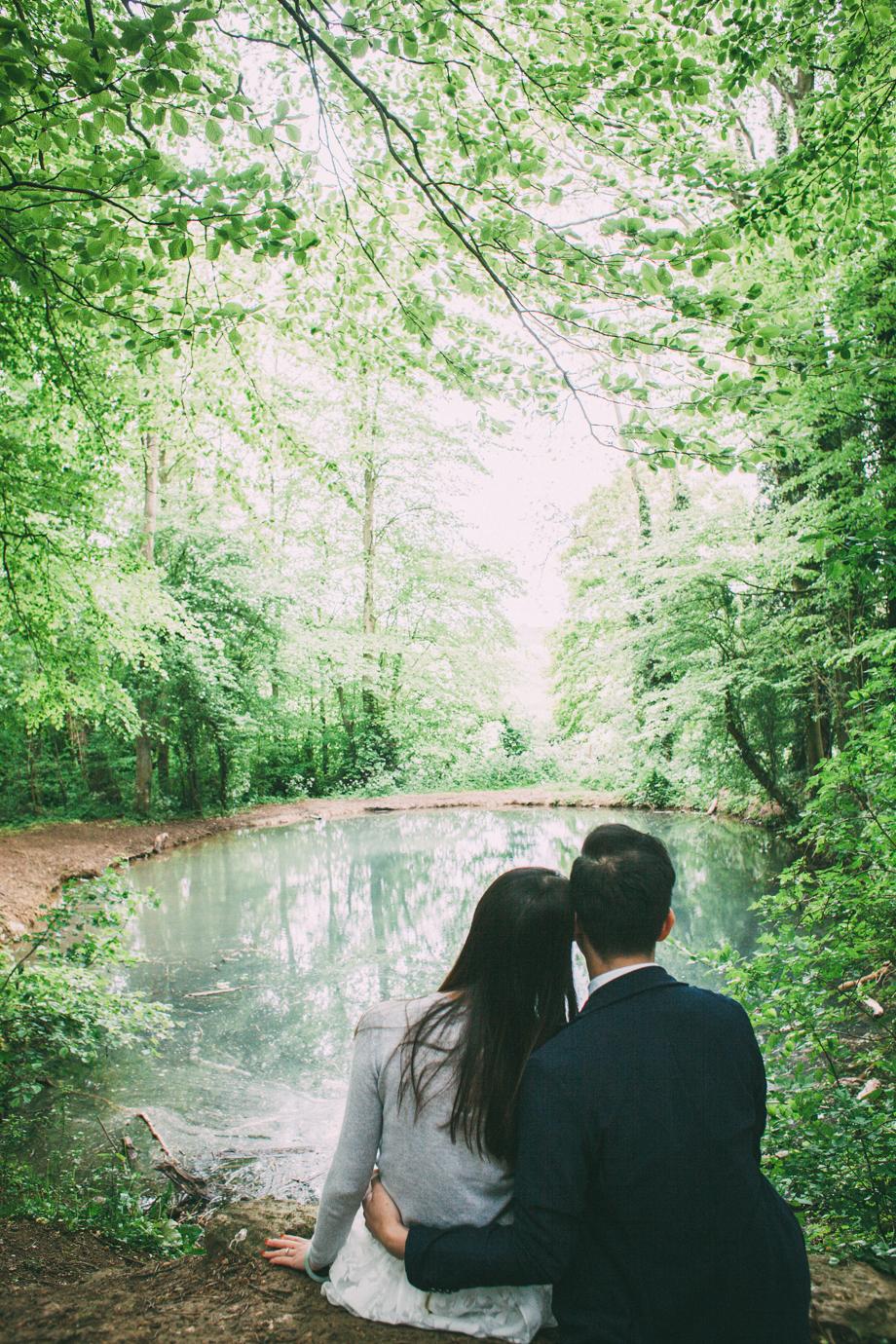 Creative-Pre-Wedding-Photos-11