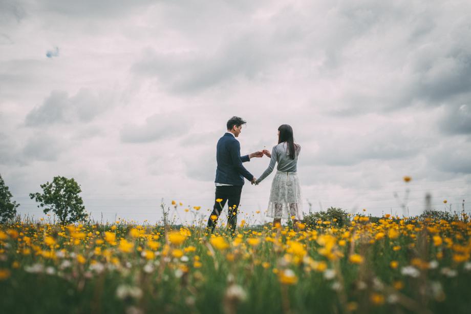 Creative-Pre-Wedding-Photos-4