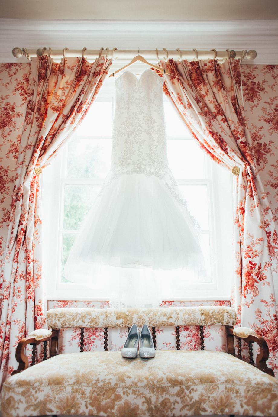 Saltmarshe-Hall-Wedding-Woodland-Blessing-2