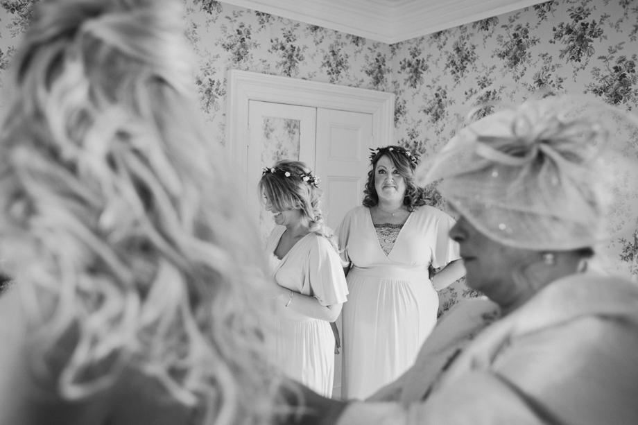 Saltmarshe-Hall-Wedding-Woodland-Blessing-7