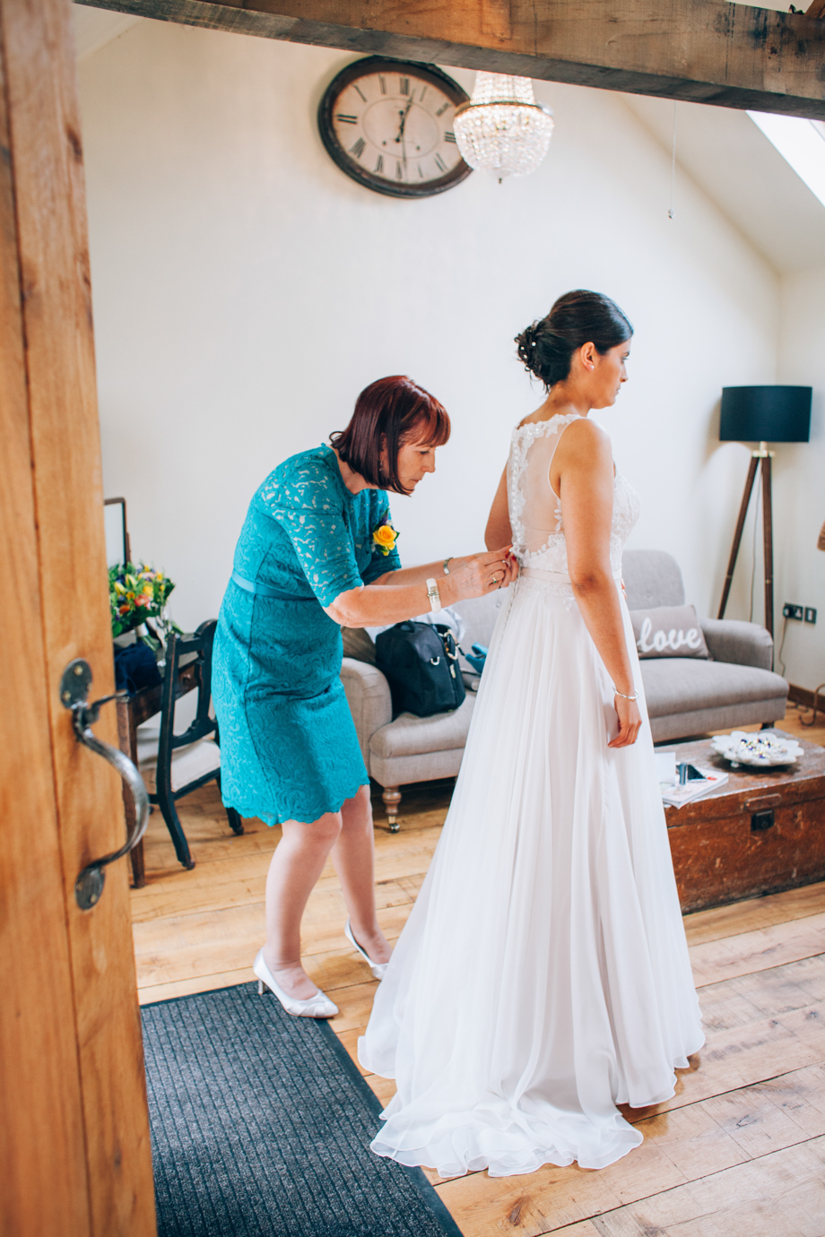 Tythe-Barn-Bicester-Wedding-14