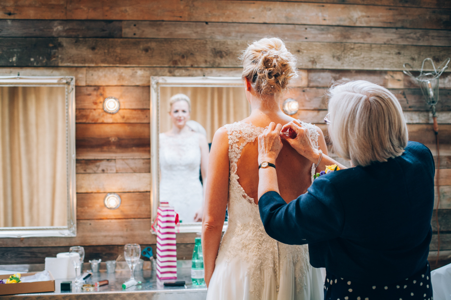 Tythe-Barn-Bicester-Wedding-18