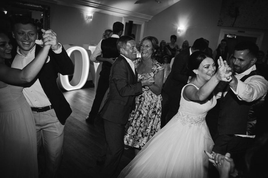 Barton-Hall-Wedding-042